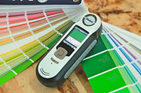 maxwell hand held device makes picking paint colours easier