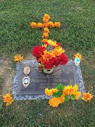 26 best cemetery decorating images on cemetery flowers