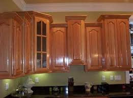 Crown Molding Ideas For Kitchen Cabinets Crown Molding With Staggered Cabinets Crown Molding Into