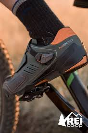 bike riding sneakers 19 best mountain bike shoes images on pinterest mountain bike