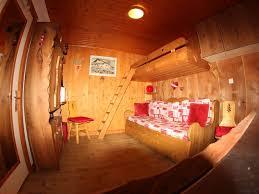linge de lit style chalet montagne studio savoyard dans chalet de montagne les brévières