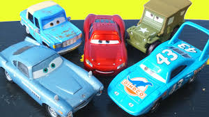disney pixar cars mater introduces cars friends to lightning mcqueen otis finn the king