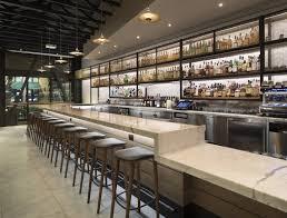 commercial cuisine bar cuisine design cuisine ilot central design avec noir carrelage