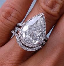 pear shaped ring pear shape cut diamond engagement ring pros and cons