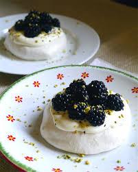 rever de cuisiner les recettes qui me font rêver 6 trendy mood pavlova et pistaches
