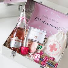 bridesmaid boxes you to see our will you be my bridesmaid idea