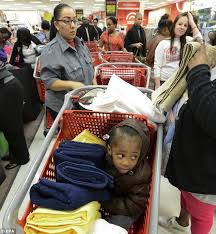 target hours black friday 2012 black friday 2012 nothing puts off shoppers as us goes crazy for