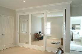Clear Mirrored Wardrobe 2 Door These Mirrored Doors Look Good And Add As A Dual Purpose For