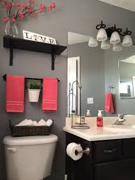 bathroom accessory ideas best 25 small bathroom decorating ideas on small