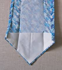 tutorial with free pattern to sew a s tie things to stitch