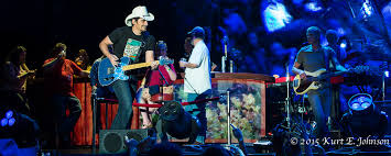 brad paisley gets summer started at harveys lake tahoe outdoor
