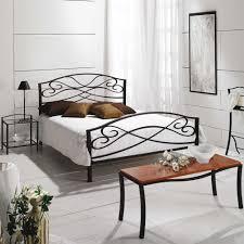 Schlafzimmer Mit Metallbett Funvit Com Schlafzimmer Weiß Beige