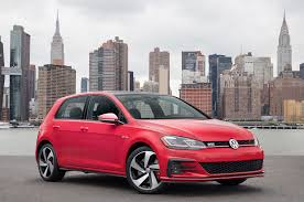 2018 volkswagen gti reviews and rating motor trend