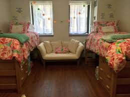 Stonehill College Dorm Floor Plans by The Freshman U0027s Guide To College 9 Things You Will Actually Need