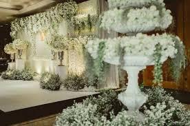 wedding backdrop garden งานแต งประเพณ ไทย ซ ต เวดด ง ธ มงาน garden ส ขาว เข ยว