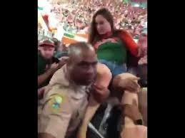 miami fan slaps officer miami female fan slapped by cop youtube