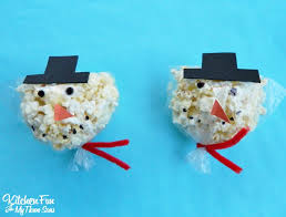 christmas snowman snack bags for class parties at