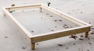 Simple King Platform Bed Frame Plans by Diy Twin Platform Bed