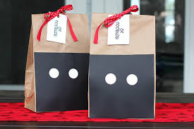mickey mouse favor bags oh toodles mickey mouse birthday party fab fatale