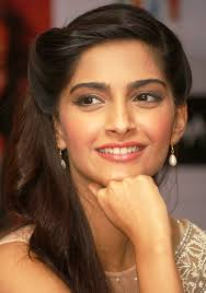 pakistani hairstyles in urdu sonam kapoor beautiful sonam kapoor tafreeh mela pakistani
