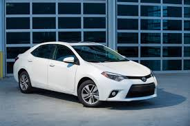 how many per gallon does a toyota corolla get 5 leading cars delivering 35 40 combined per gallon