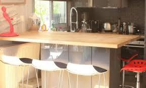 cuisine bois et fer table a diner en bois table dner ronde swedy en bois noyer style