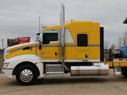 kenworth truck sleepers used 2013 kenworth t660 tandem axle sleeper for sale in mi 1057