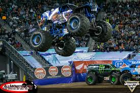 monster truck show in houston son uva digger and wheels take east rutherford monster jam