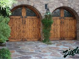 only tuscan sectional door style available in native colours in