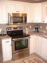 what colour countertops on white kitchen cabinets pip white
