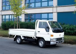 toyota hiace truck toyota dyna 100 u00271995 u201399 вантажні автомобілі pinterest