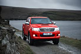toyota hilux review toyota