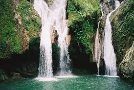 Most Beautiful Waterfalls by 10 Most Beautiful Waterfalls So You Can See The Top 10