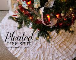 20 crafty days of christmas pleated tree skirt see vanessa craft