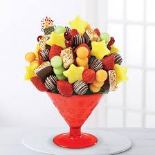 edible birthday gifts edible gift baskets arrangements for him edible arrangements