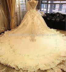 brautkleider mit langer schleppe und schleier luxus hochwertigen glänzenden kristall diamant königliche
