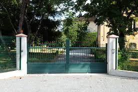 portails de jardin portails bois pvc ou aluminium ajouré semi ajouré ou plein