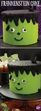 Halloween Decorations Cakes Best 25 Halloween Cake Decorations Ideas On Pinterest Halloween