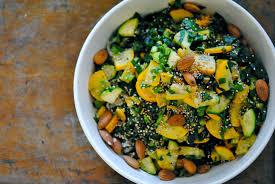 cuisiner des cardes pâtes d été à la courgette bette à carde persil thym frais et
