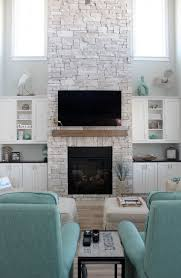 Tiled Fireplace Wall by Best 10 Modern Stone Fireplace Ideas On Pinterest Modern