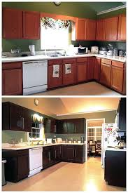 how to make kitchen cabinets look new these kitchen cabinets may look brand new but wait til you
