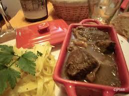 cuisiner un lievre recette du civet de lièvre pour 8 personnes cuisson 1 h 15 à 1 h