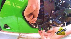 adjusting shifter clutch peg ninja 250r youtube