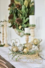 Silver And Gold Holiday Decorations Christmas Dinner Tablesetting Ideas Sand And Sisal