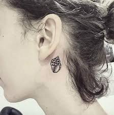 tattoo neck behind ear 40 amazing behind the ear tattoos for women tattooblend