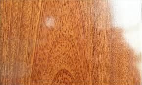 china high gloss laminate wood flooring with surface