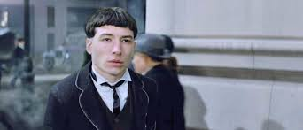we need to talk about ezra miller u0027s haircut in