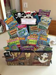 basket ideas pot of gold lottery basket mamasblogcentral lotteryticket basket
