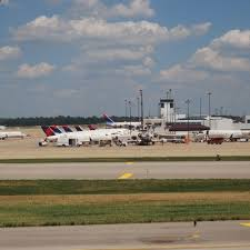Kentucky travel flights images Kentucky international airports usa today jpg