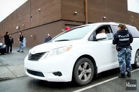 bureau des taxis vives tensions entre les chauffeurs uberx et les inspecteurs